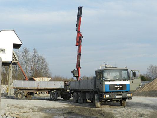 Transport materiałów budowlanych z HDS Bruko Bud Bydgoszcz